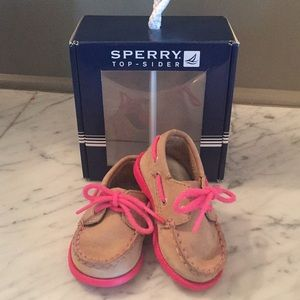 Sperry Top-Sider shoes, size 3 (6-9 months)